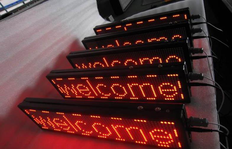 LED-beganti-eilute-led-ekranai